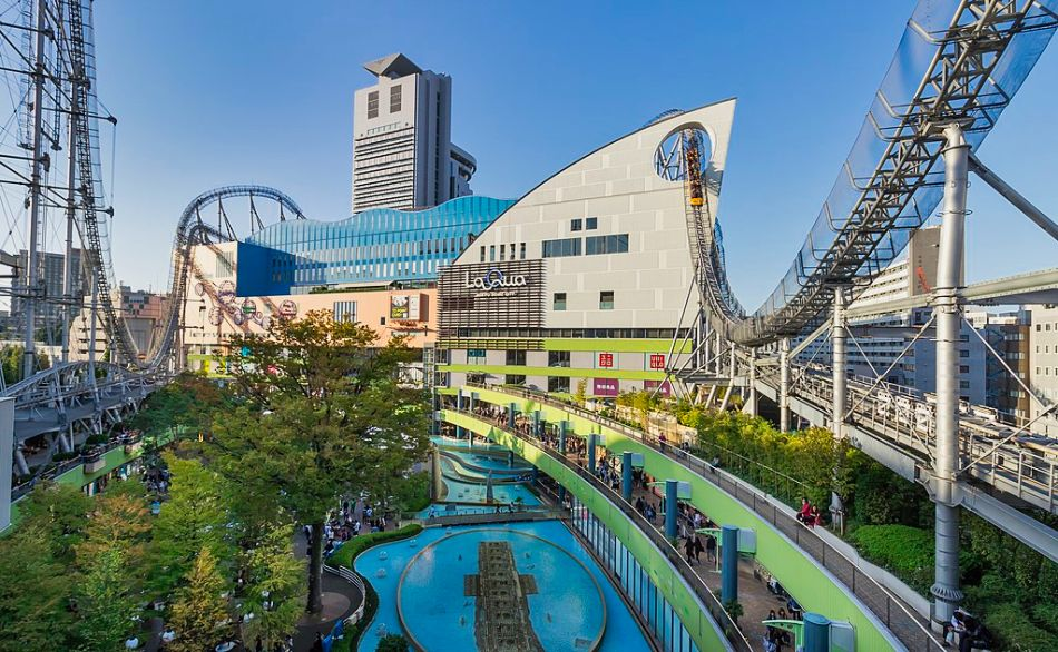 Tokyo Dome City Amusements . . . and Onsen!