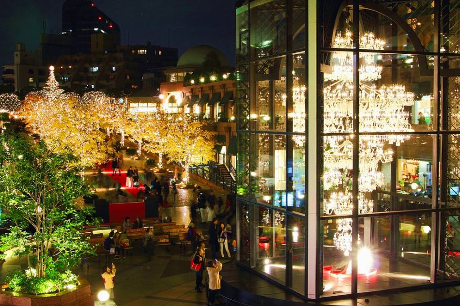 Yebisu Garden Square Decorated for the Holidays